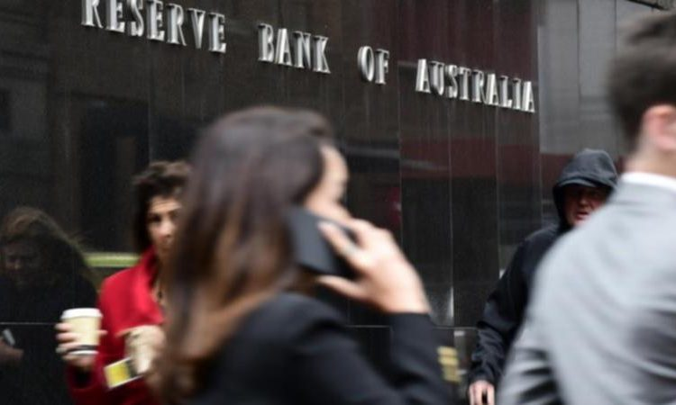 RBA low interest rates remain, but for how long?