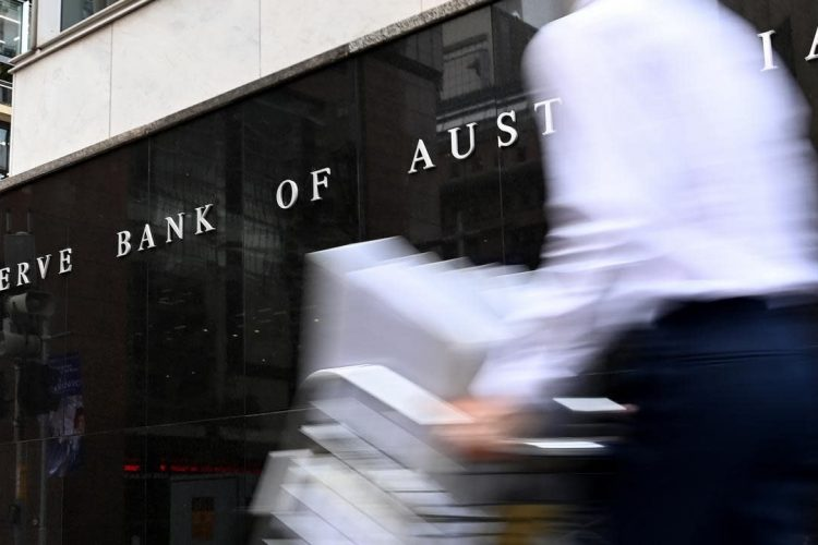 RBA rates remain steady, so why are fixed home loan rates increasing?