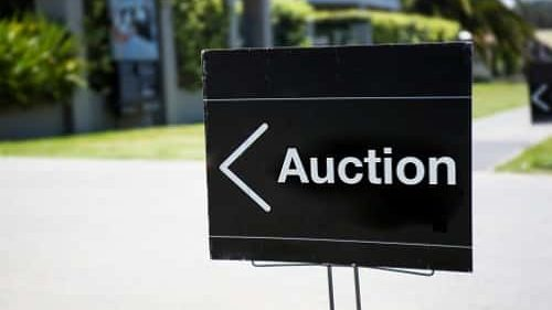 Lockdowns impact auction clearance rates